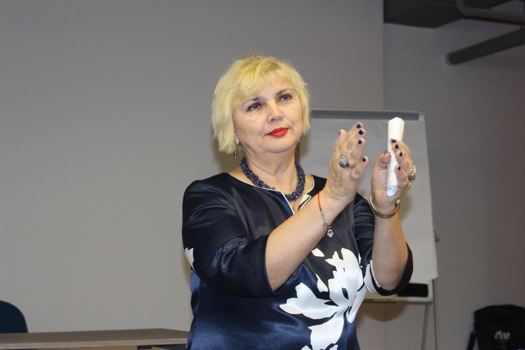 Конференція Мобілізація жінок-переселенок проти домашнього та гендерно-орієнтованого насильства (16)